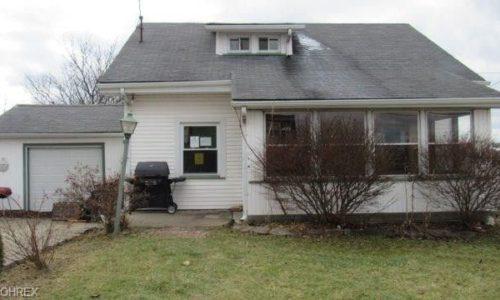 371 County Road 20, Smithfield, Ohio  43943