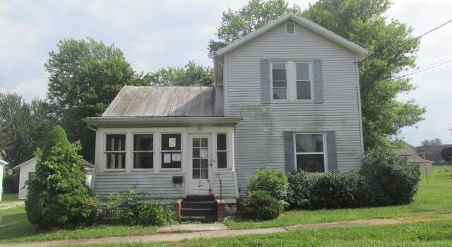 43 Mills Ave, Plymouth, OH 44865