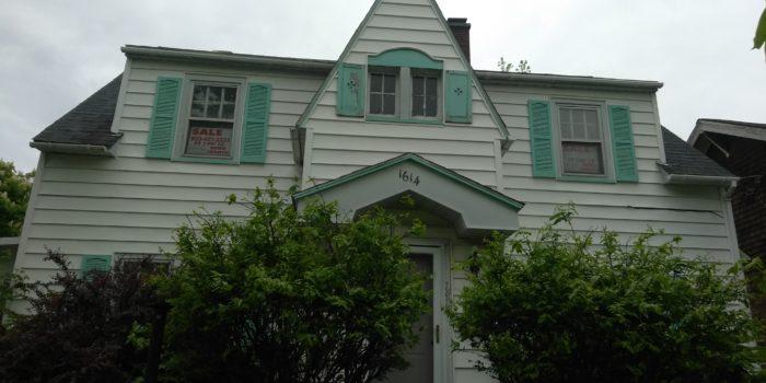 1614 Annesley Street, Saginaw, Michigan 48601