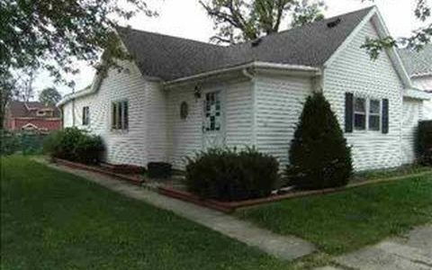 521 W Franklin Street, Hartford City  Indiana 47348
