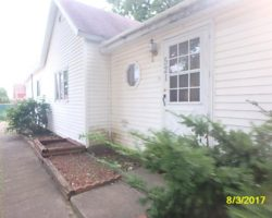521 W Franklin Street, Hartford City  Indiana 47348